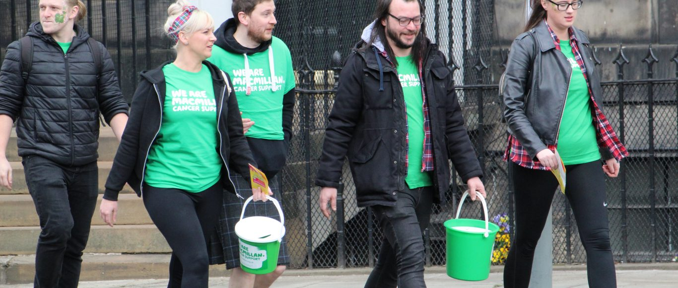 Photo of a group of Macmillan volunteers