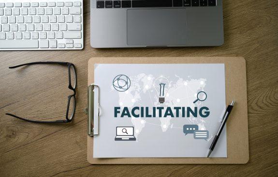 how to become a professional facilitator