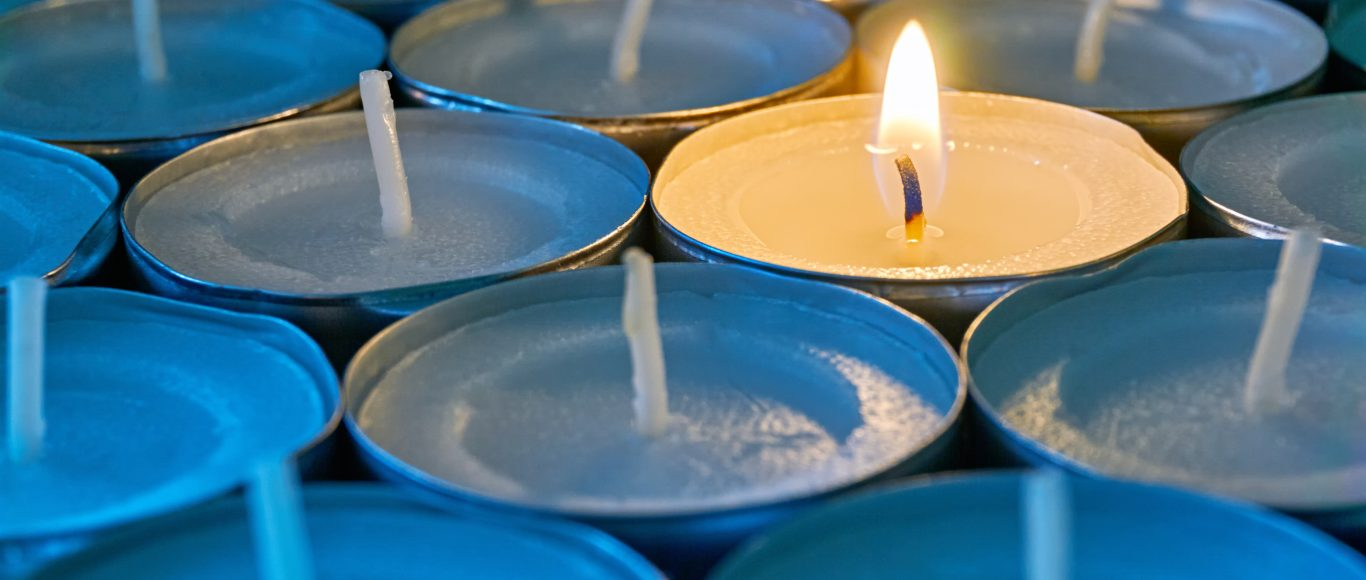 photo of tealights representing resilience