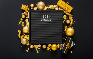 Photo of a blackboard saying '2021 goals'